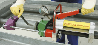Pretensioning of the tension bars, tension rods with BESISTA pretensioning system BVS-230