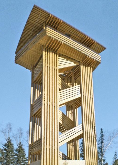 Sistemas de tirantes en la construcción de madera - Torres panorámicas Quebec
