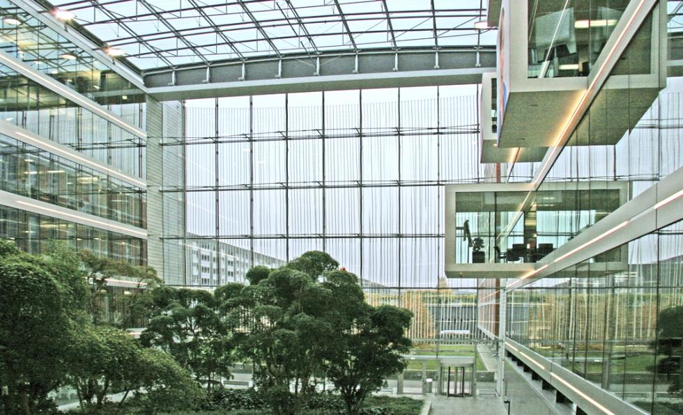 Tirantes sistema BESISTA en la construcción de fachadas - PWC Zúrich