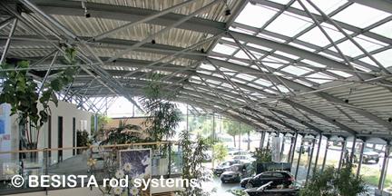 Constructions sous-tendues avec systèmes de tirants BESISTA dans l'Audi Center, Ingolstadt - 352