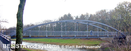 Les tirants composés des barres et chapes ont l'air filigrane système BESISTA - 498