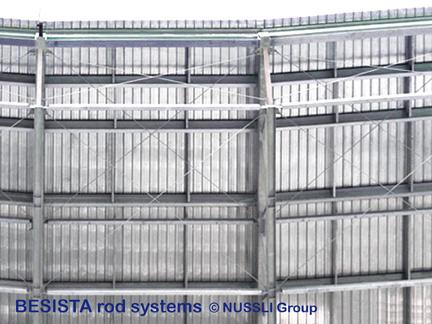 Systèmes de tirants BESISTA pour le contreventement de la toiture du Stade de Bata - 525