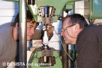 Optimisation des ancrages, tirants et barres de compression BESISTA dans notre propre laboratoire - 217