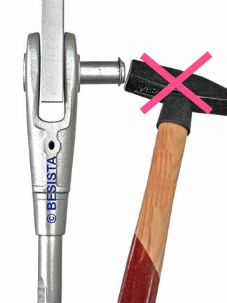 Instrucciones de instalación BESISTA, no insertar los pernos con fuerza - 448