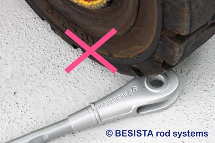 Instrucciones de instalación BESISTA, no presionen los anclajes de barra - 451