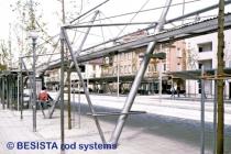 Tirantes y barras de compresión sistema BESISTA forman la estructura de ZOB Reutlingen - 84