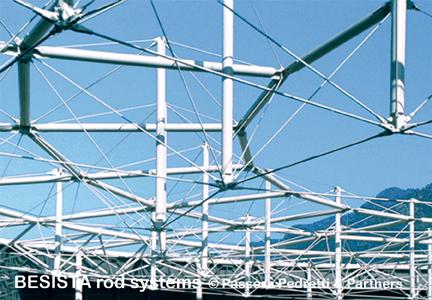 Zugstabsysteme BESISTA bilden die imposante Struktur für das Velodrom Aigle - 124