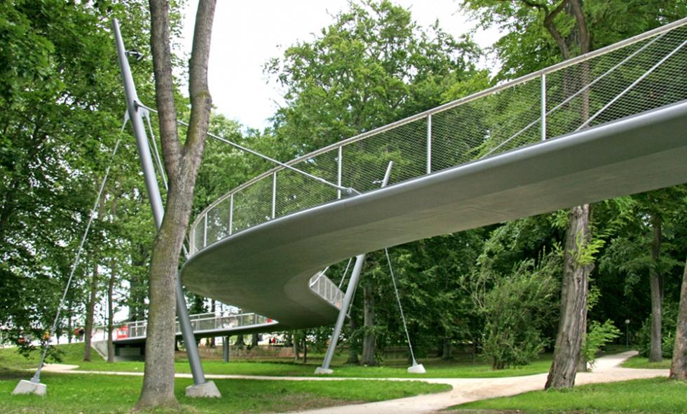 BESISTA Zugstabsystem - Referenz Brücken und Stege, Geh- und Radwegbrücke, Neu-Ulm