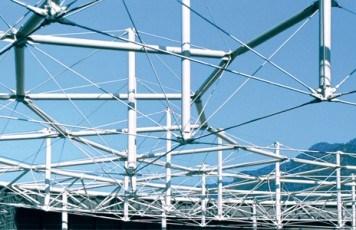 Tirantes/miembros de tensi�n sistema BESISTA en el Vel�dromo Aigle