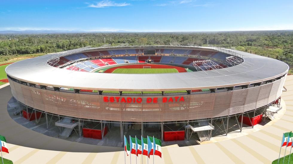 Syst�mes d\'haubanage BESISTA pour le Stade entier de Bata Guin�e �quatoriale