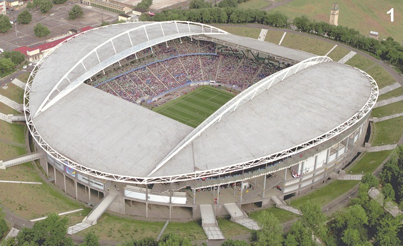 Syst�mes de tirants BESISTA pour la construction en acier Red Bull Arena Leipzig