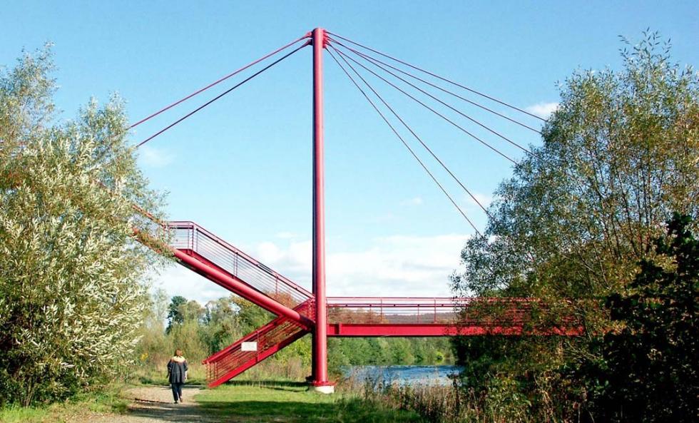 Syst�mes de tirants BESISTA pour la construction en acier du pont Redwitz