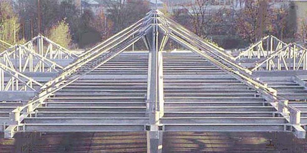 Tirantes sistema BESISTA para la construcci�n de acero ZOB Stuttgart