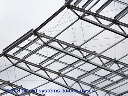 Systèmes d'haubanage BESISTA pour les contreventements de la toiture, Stade de Bata - 527
