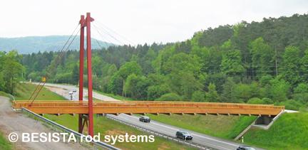 Mit BESISTA Zuggliedern abgespannte Brücke - Ständehof Pirmasens - 412