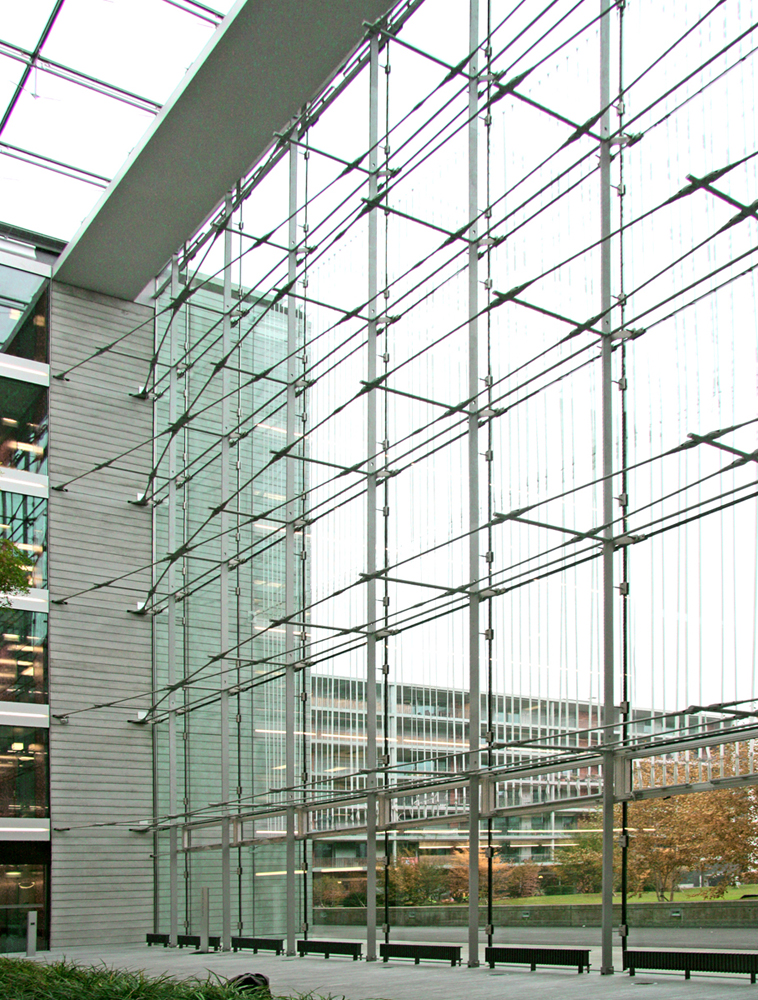 BESISTA Tension rod system - Reference Facade, Office building PwC, Zurich, Switzerland